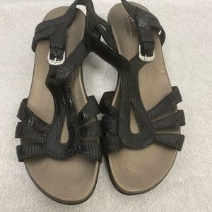 Clarks bendable sandals